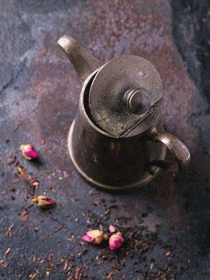 vintage-teapot-PC47LRP